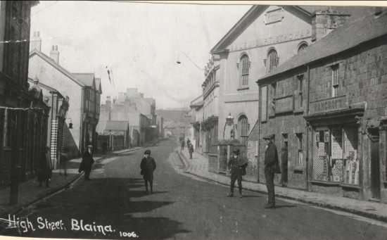 High street blaina