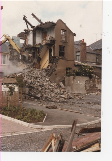 Demolition of 110 and 111 Worcester Street, Brynmawr