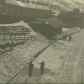 Cwm Station, 1947