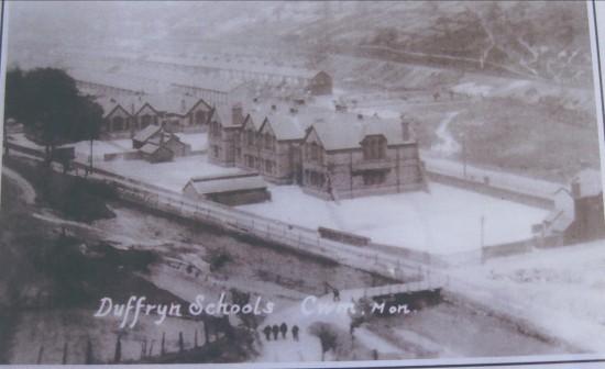 Dyffryn Schools,Cwm