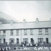 River Row ,Cwm