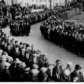 Procession towards dedication of War Memorial ceremony 30 Oct 1927