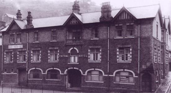 Central Hotel, Llanhilleth 2