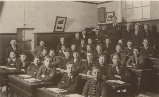 Garnfach Boys' School, Std 6, 1926 to 1927