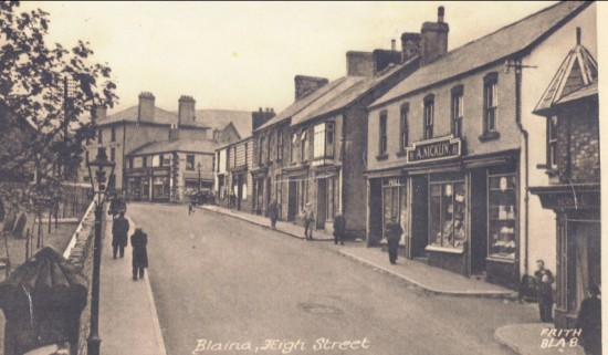 Blaina High Street in the late 1940s or early 1950s.