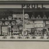Proll's Shop, 1958