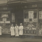 Liptons Shop in 1922