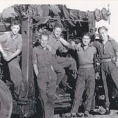 Gunner Rowan Williams and crew, 1947