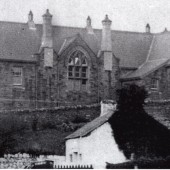 Cwmyrdderch School