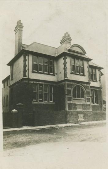 Waunlwyd and Victoria Institute