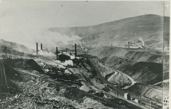 View South of Tyllwyn and Ebbw Vale Steelworks
