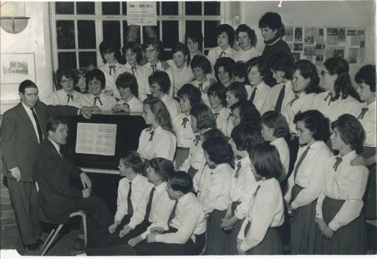 Cwm School Choir