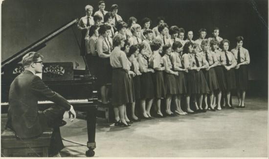 Cwm School Choir at T.W.W.Studios