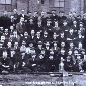 WW1 male munitions workers, Ebbw Vale