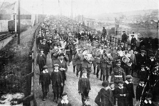 Monmouthshire Regiment (3rd Mons) marching along Beaufort Road towards Ebbw Vale - possibly 5 Aug 1914 | Kevin Evans