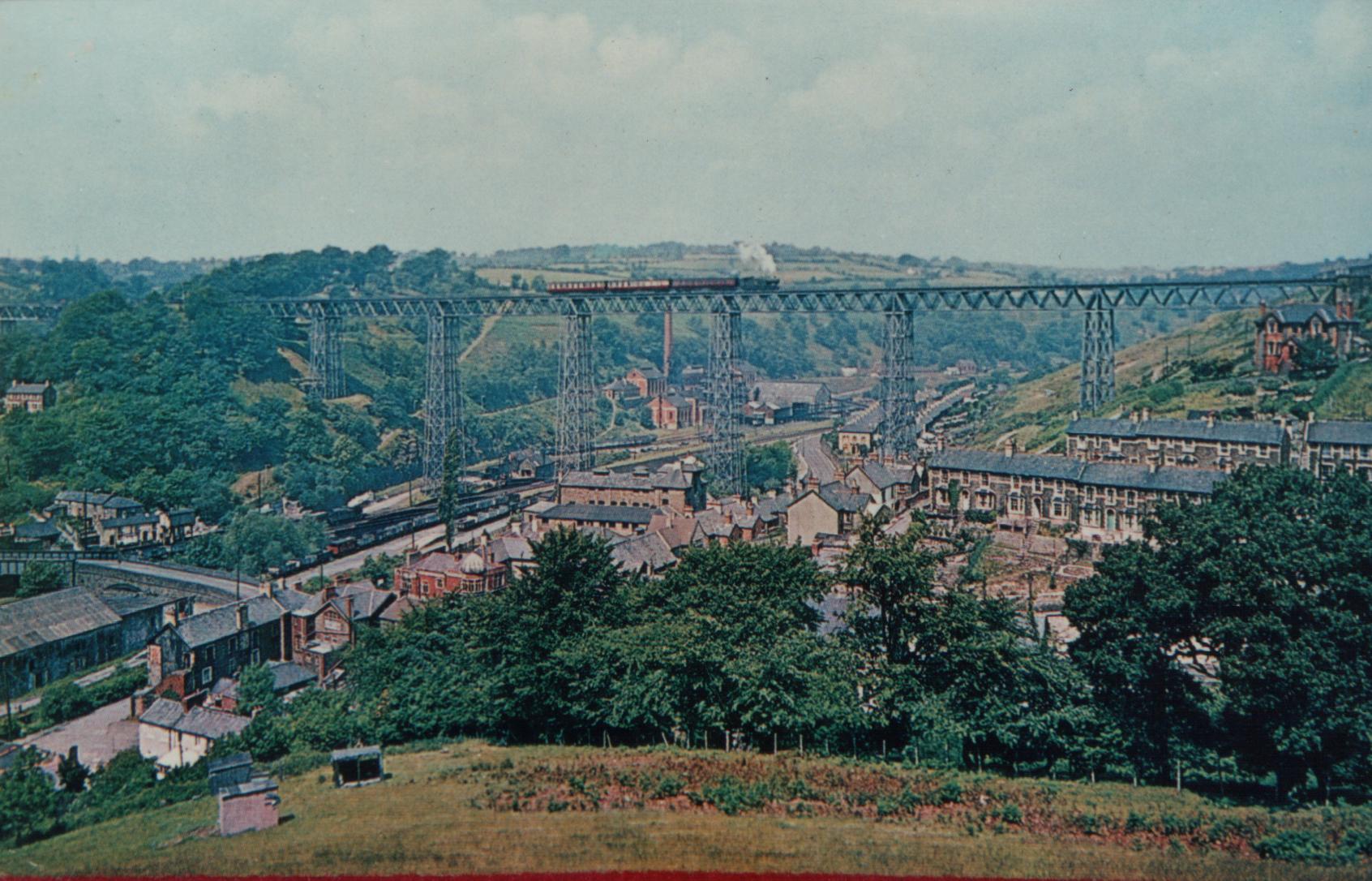 Steam train crossing Crumlin Viaduct