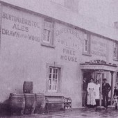 Carpenters Arms, Brynithel 3
