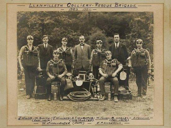 Llanhilleth Colliery - Rescue Brigade 1923 - 1924